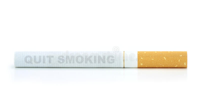 куря стоп Текст на сигарете стоковое изображение rf