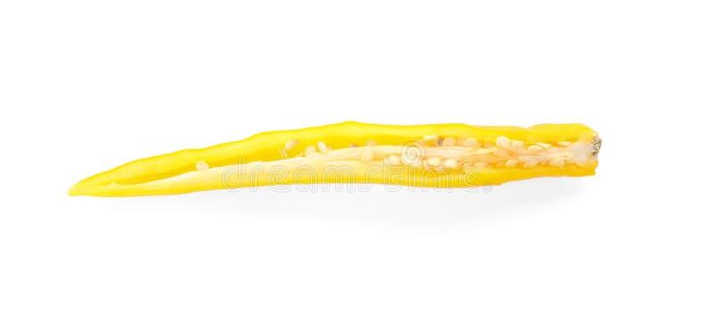 Кусок зрелого перца chili на белой предпосылке стоковая фотография rf