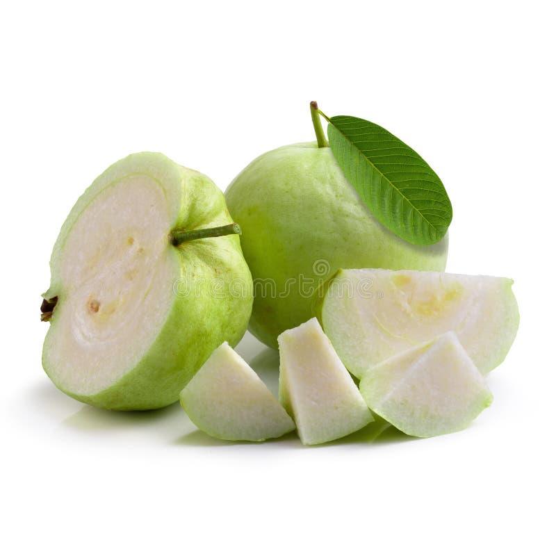 Кусок плода Guava изолированный над белой предпосылкой стоковая фотография rf
