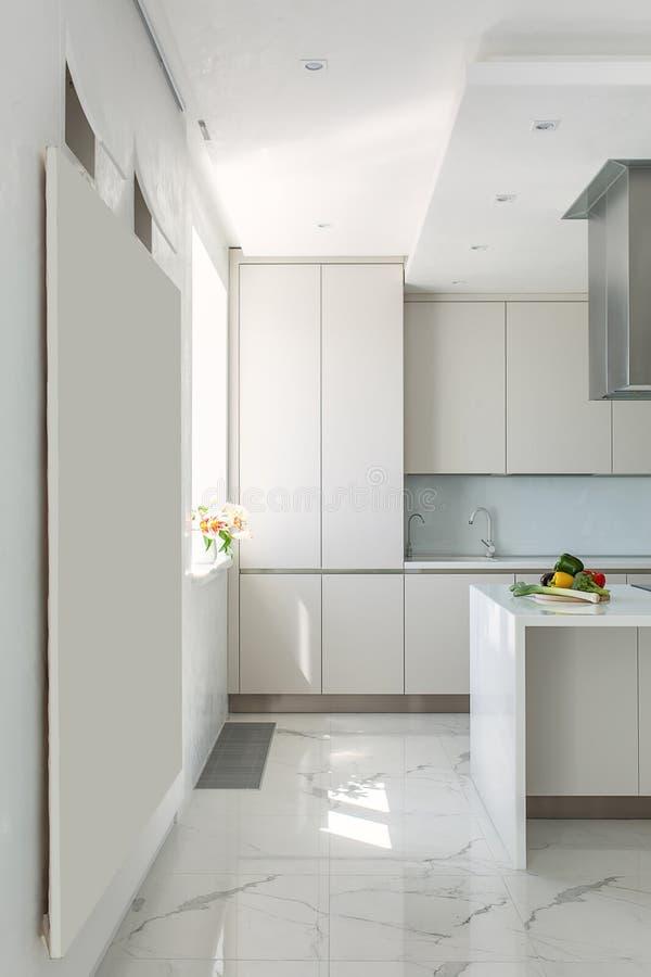 Кухня в современном стиле стоковое изображение