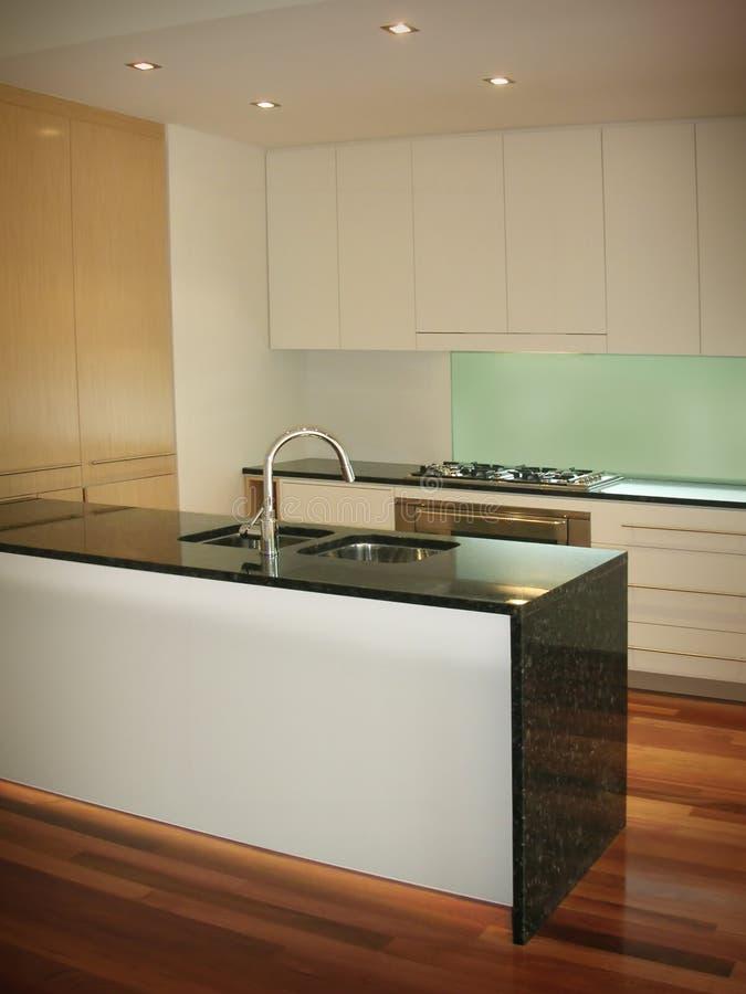 кухня новая подготавливает стоковое изображение rf