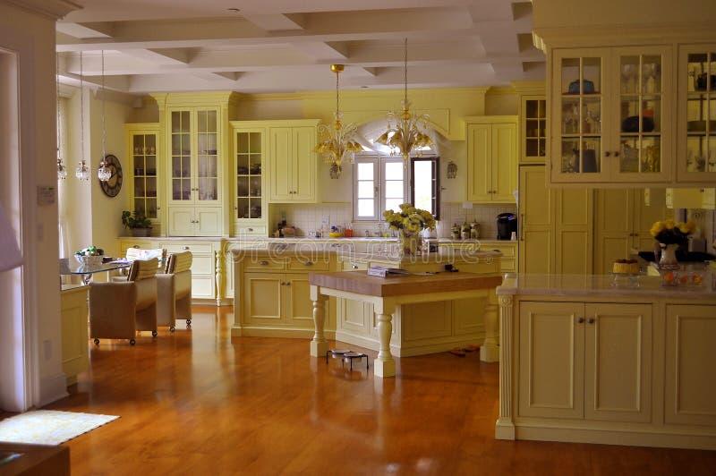 кухня открытая стоковое изображение rf