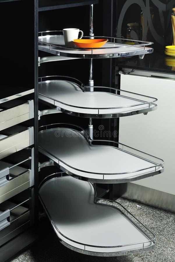кухня 02 шкафов самомоднейшая стоковое изображение