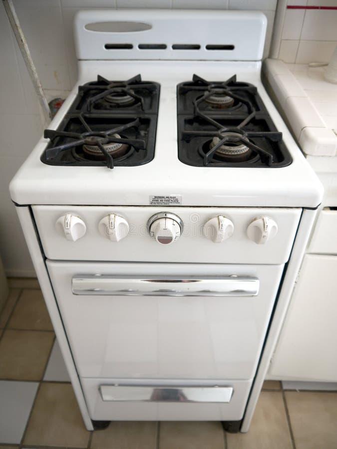 кухня 1950s: ретро печка стоковая фотография rf