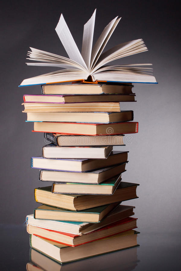 куча книг стоковое фото