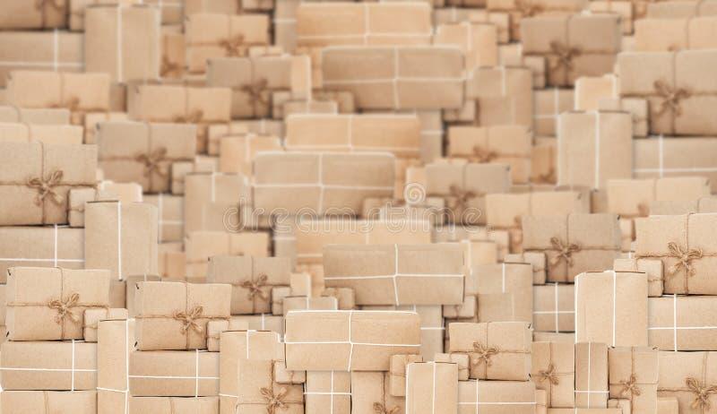 Куча коричневых коробок столба пакета, абстрактная предпосылка стоковое изображение rf