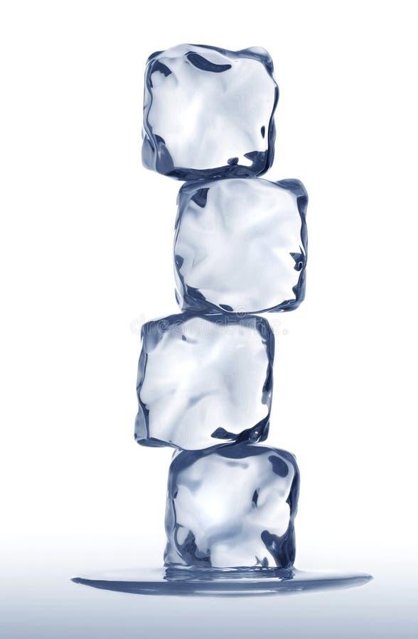 куча льда кубиков стоковые изображения rf