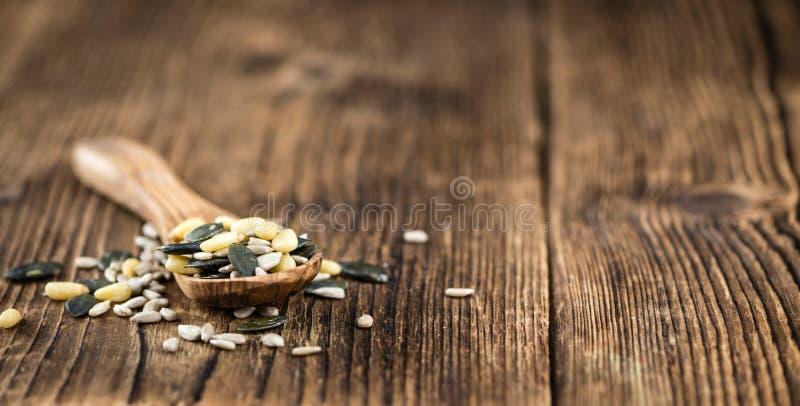 Куча смешанных семян & x28; shot& x29 конца-вверх; стоковые фотографии rf