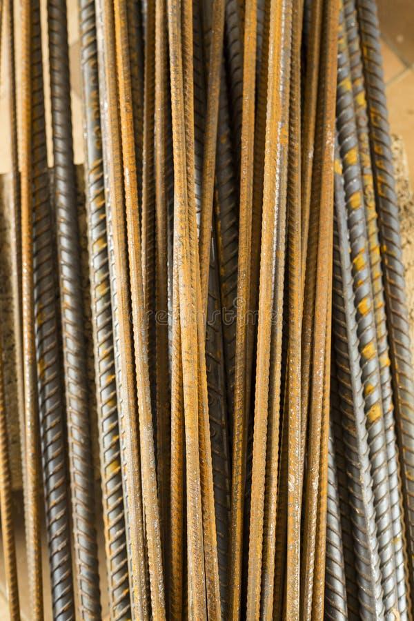 Куча стальных прутов арматуры - взгляд сверху стоковое фото rf