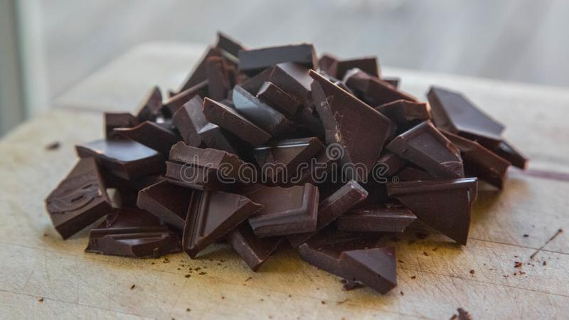 Куча шоколада выпечки стоковое фото