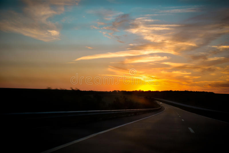 Куда солнце поднимает стоковая фотография rf