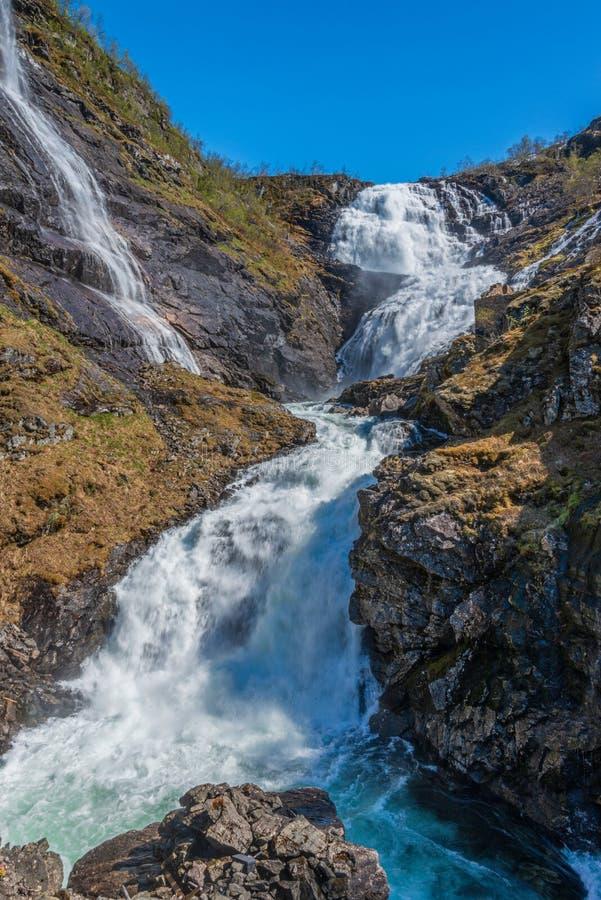 Кьосфоссенский водопад на горной железной дороге стоковая фотография