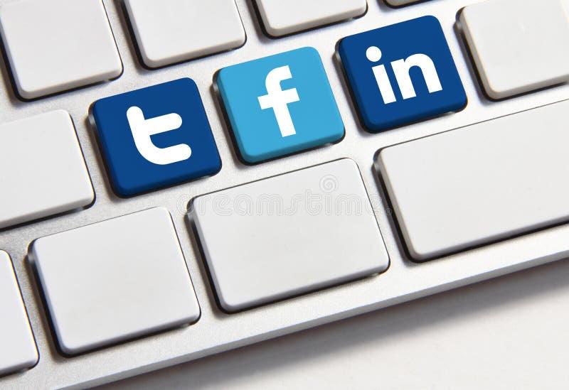 Клавиатура Twitter и Linkedin Facebook стоковые изображения