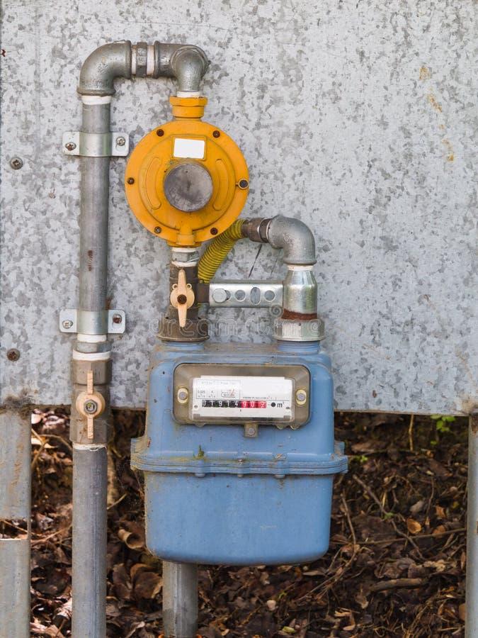 Клапаны регулятора газового счетчика жилой диафрагмы внешние и pi стоковое изображение rf