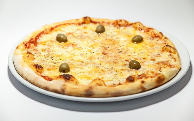 классицистическая пицца стоковые фото