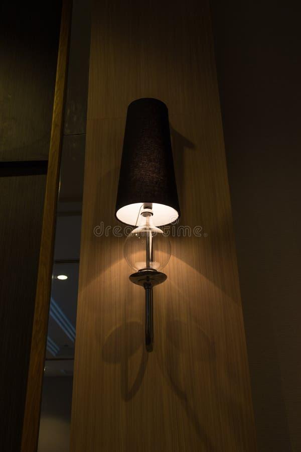классицистическая стена сбора винограда светильников стоковые изображения rf