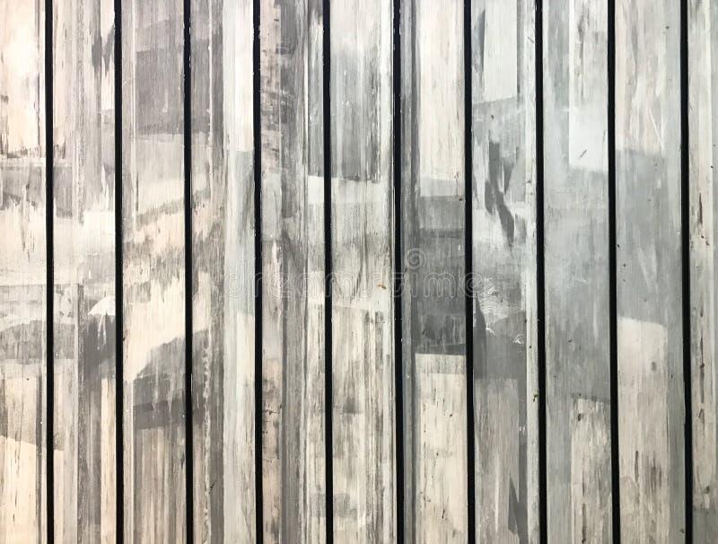 Классическая светлая белизна использовала предпосылку текстуры планки панели деревянную сделанную от рециркулированной деревянной стоковое изображение