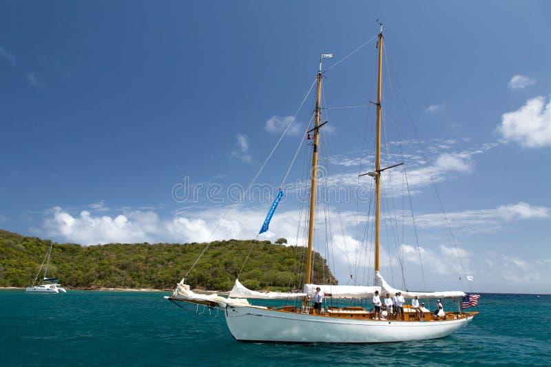 Классическая яхта в заливе Фримена стоковая фотография