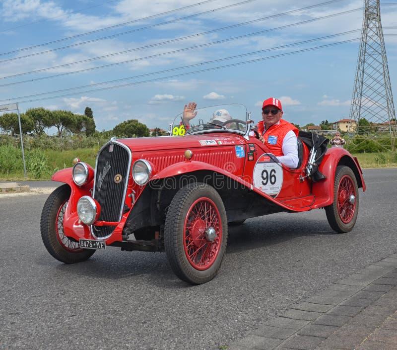Классические гонки автомобиля гонка miglia mille стоковое изображение rf