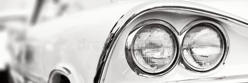 Классические фары автомобиля стоковое фото