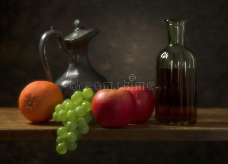 Классический натюрморт с плодоовощ стоковое фото rf