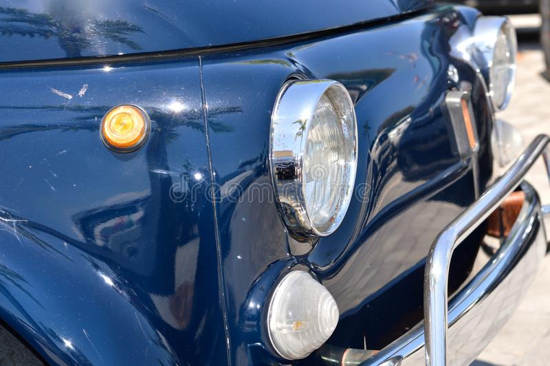 Классический старый голубой автомобиль стоковое фото