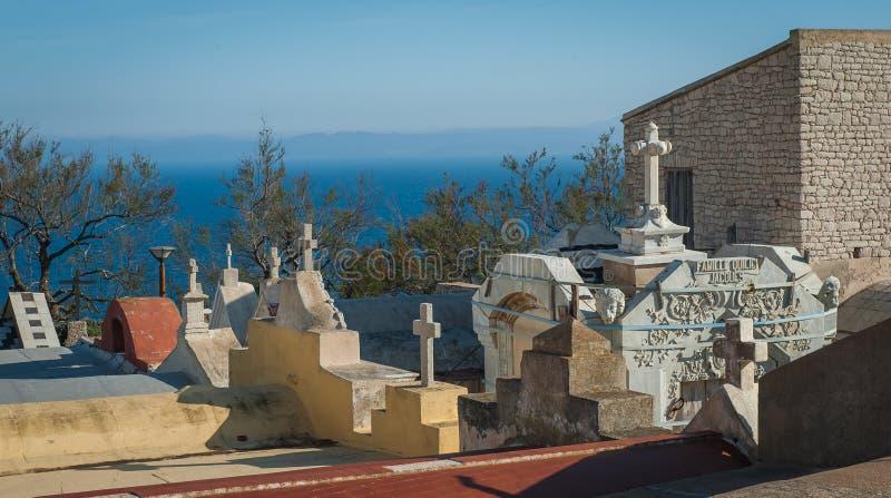 Кладбище в Bonifacio стоковые фотографии rf