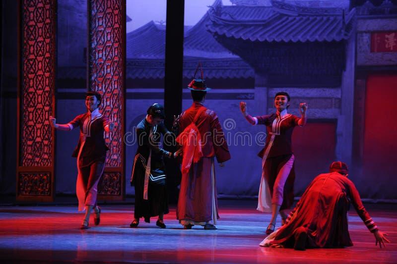 К жениха платья- поступку сперва событий драмы-Shawan танца прошлого стоковые фотографии rf