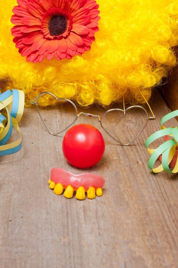 Клоуны костюмируют с зубами стоковая фотография rf