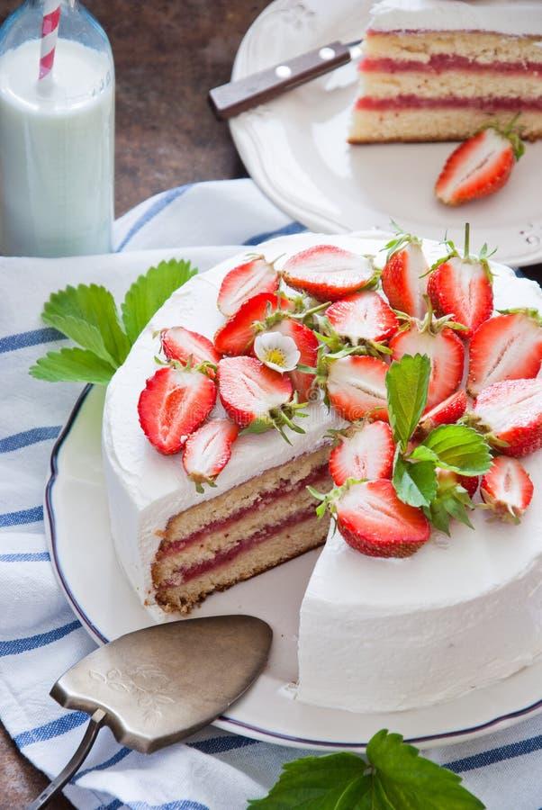 клубника торта вкусная стоковая фотография rf