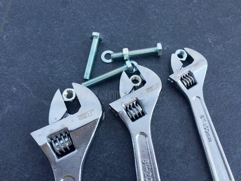 Ключи на черном шифере стоковое изображение rf