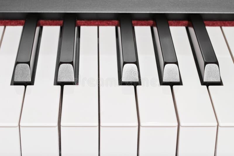 Download Ключи рояля стоковое изображение. изображение насчитывающей классическо - 37925593