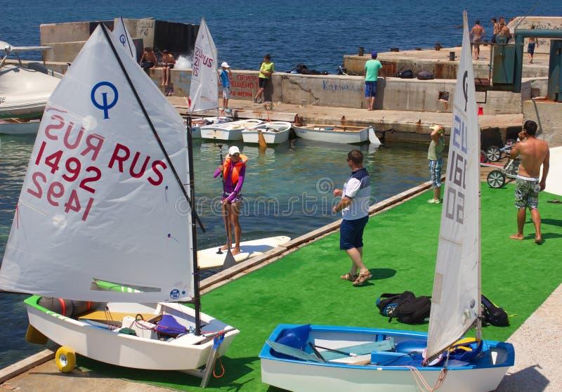 Лагерь и яхт-клуб спорт южные стоковые изображения