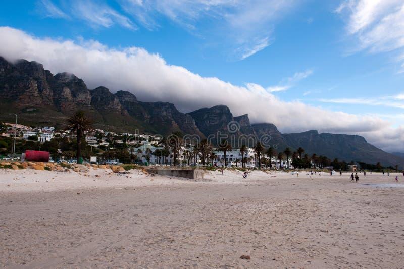 лагеря пляжа залива стоковое изображение rf