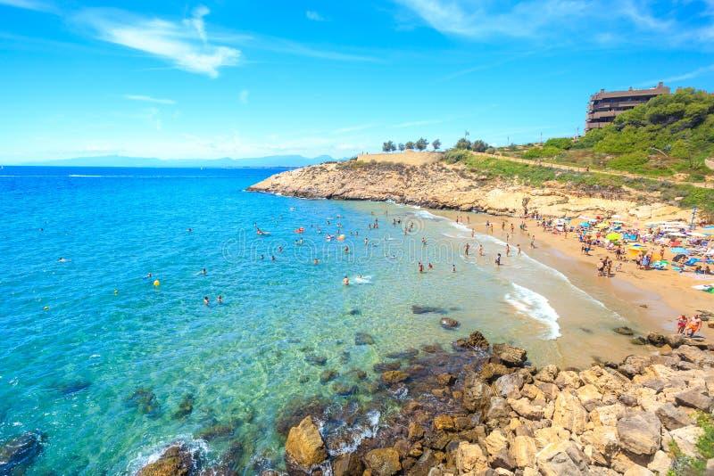 Лагуна моря с пляжем стоковые фотографии rf