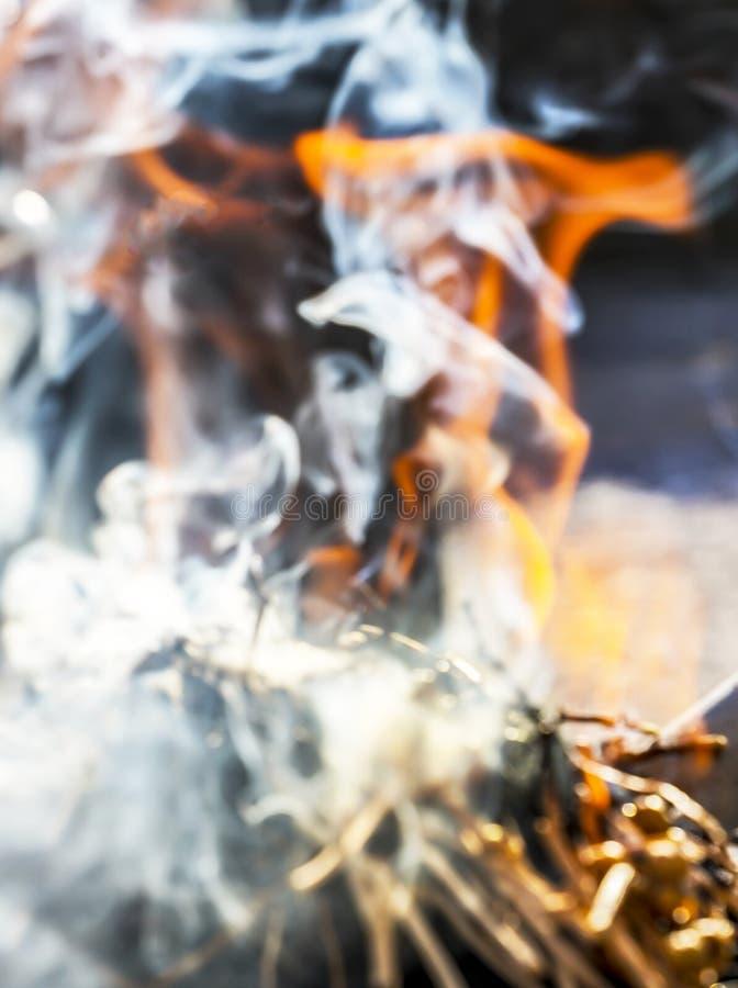 Ладан ручки травы курит как традиция Shamanic стоковые фото