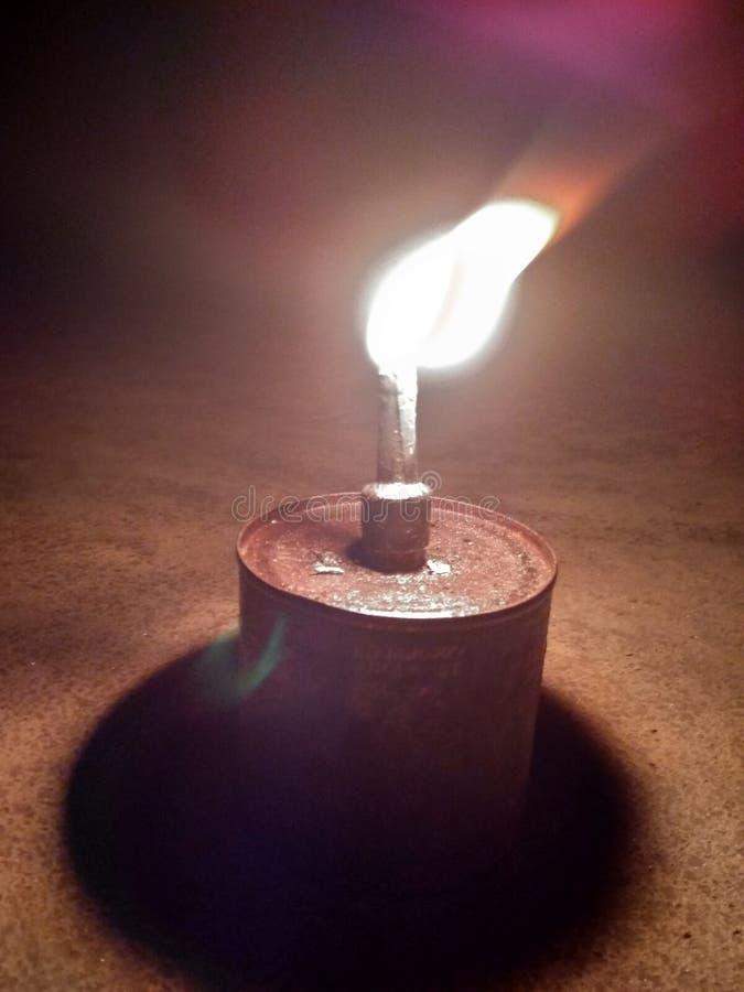 Лампа деревни светлая сделанная с тросточкой кокосового масла стоковые изображения rf