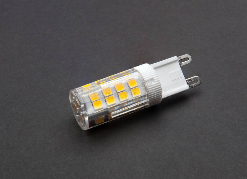 Лампа приведенная g9 стоковое изображение