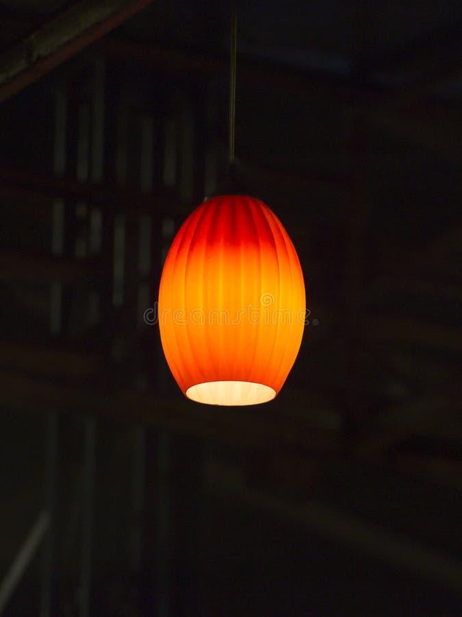 Лампа смертной казни через повешение освещения стоковое фото