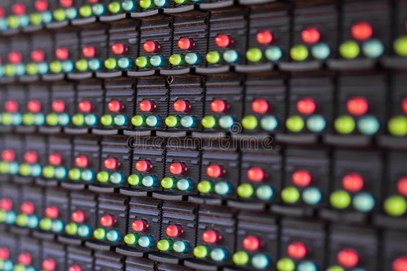 Лампы СИД в электронике стоковые фото
