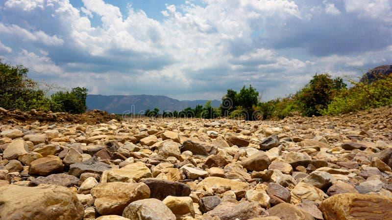 Ландшафты при смолотые камни стоковое изображение