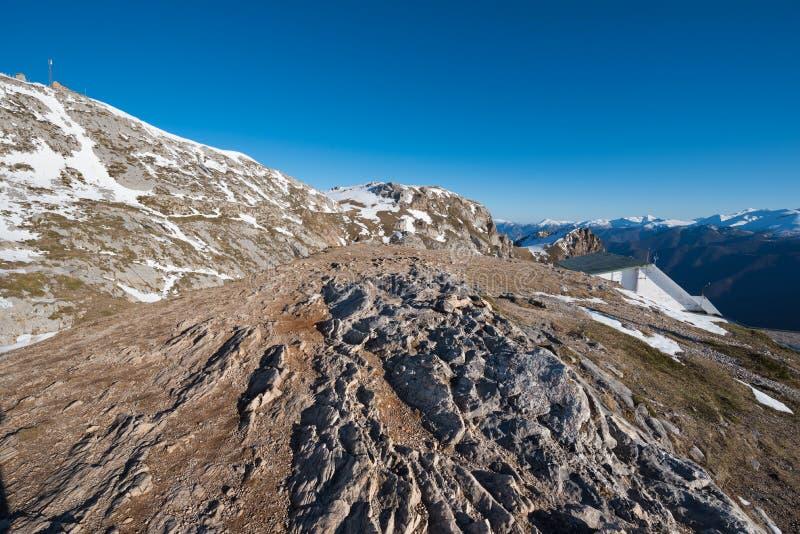 Ландшафт в горах Picos de Европы, Кантабрия зимы, Испания стоковое фото rf