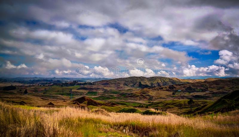 Ландшафт горной цепи Kratke вокруг реки Ramu и долины, провинции восточных гористых местностей, Папуа нового Gunea стоковое изображение