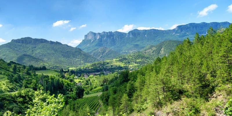 Ландшафт горы в Drome в Франции стоковое изображение rf