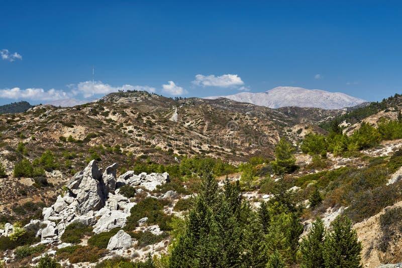 Ландшафт горы на острове Родоса стоковые изображения rf