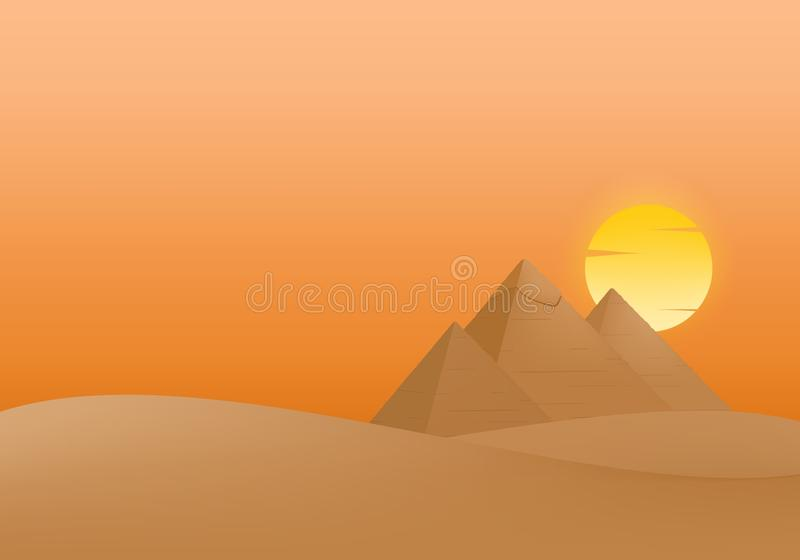 Ландшафт лета с заходом солнца и египетскими пирамидами Гизы в песке с желтым и оранжевым солнцем облака в оранжевом небе бесплатная иллюстрация