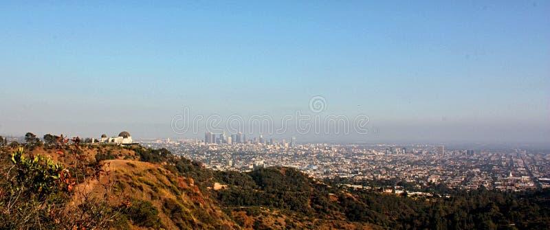 Ландшафт Лос-Анджелеса и обсерватории Griffith Калифорния, Соединенные Штаты Америки стоковое фото rf