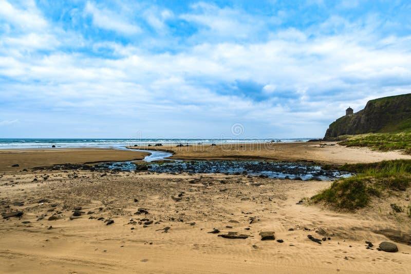 Ландшафт моря и океана виска Mussenden в Северной Ирландии стоковое изображение rf