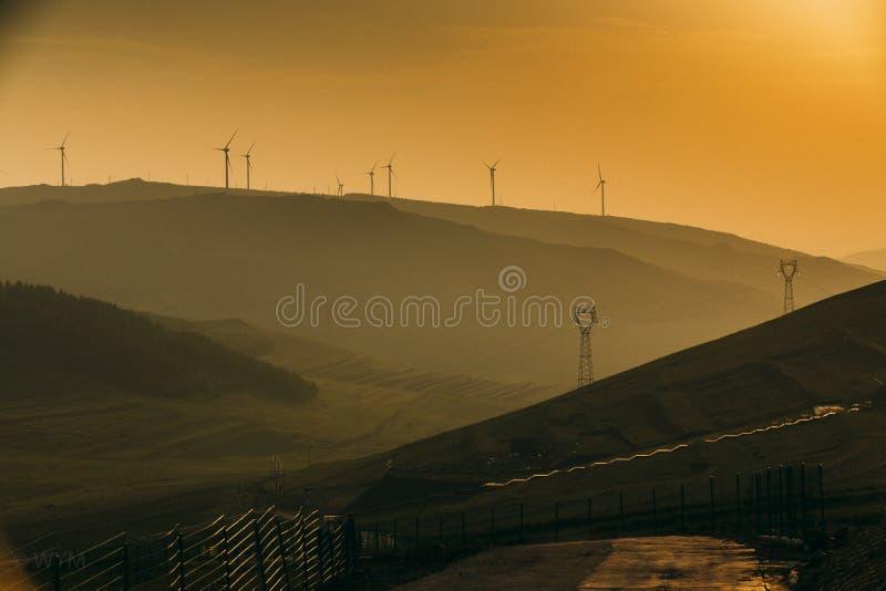 Ландшафт на заходе солнца стоковая фотография rf