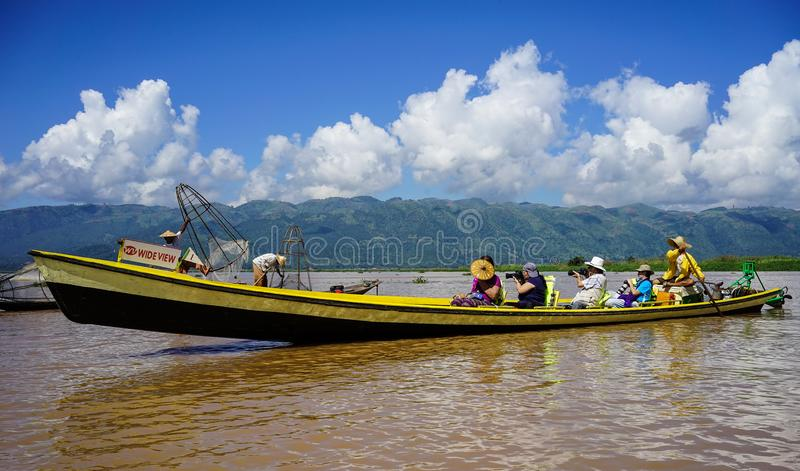 Ландшафт озера Inle, Мьянмы стоковые фотографии rf